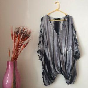 audrey 3+1 | gray tie-dye flowy tunic
